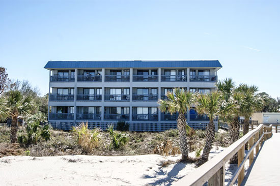 218 Bay Breezes Is A Beautiful Newly Acquired One Bedroom Tybee Condo Al Perfect For Quick Getaway Or Week The Newlywed