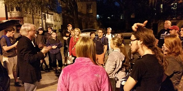 6th Sense Ghost Tour in Savannah with Patrick Burns