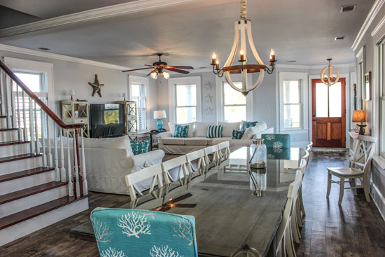 Directly Oceanfront Freestanding Tybee Beach House Al In A Private Neighborhood With Easy Crossover Just Steps From Your Driveway
