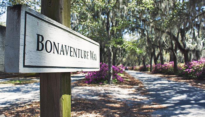 Bonaventure Cemetery Stroll