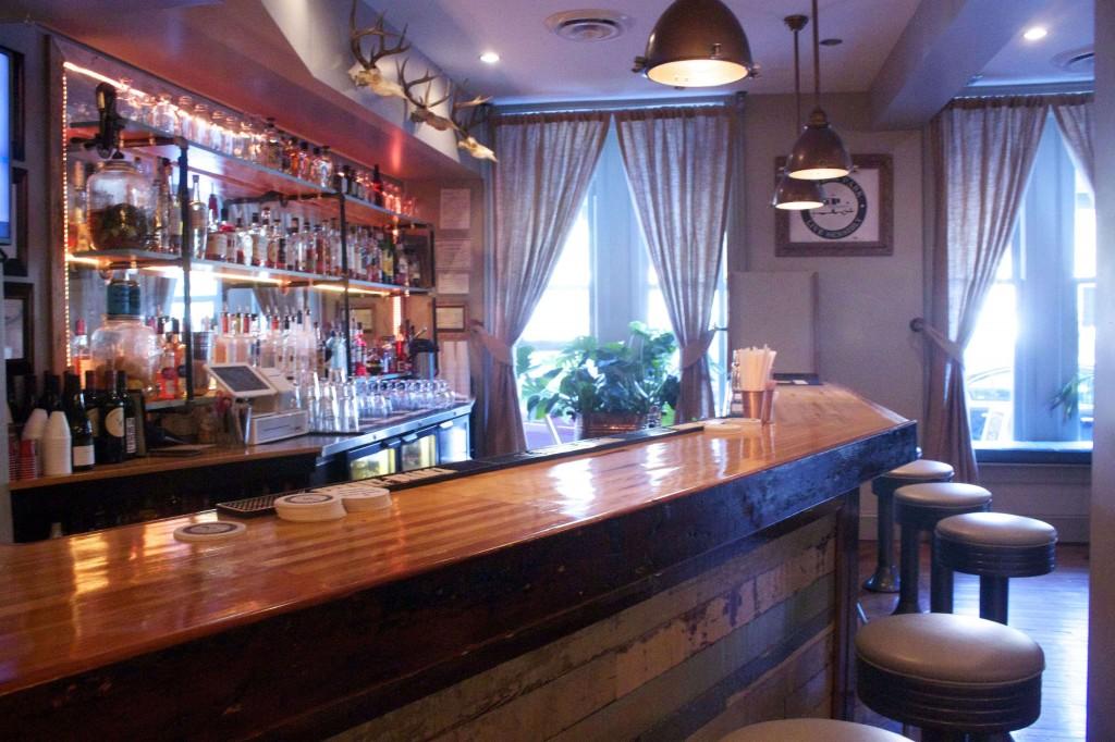 Treylor Park Cocktail Bar