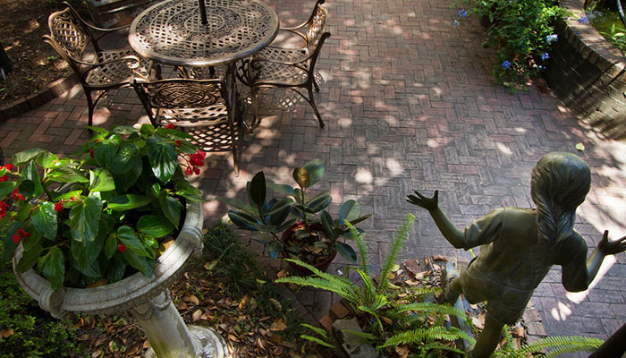 Eliza Thompson House Courtyard