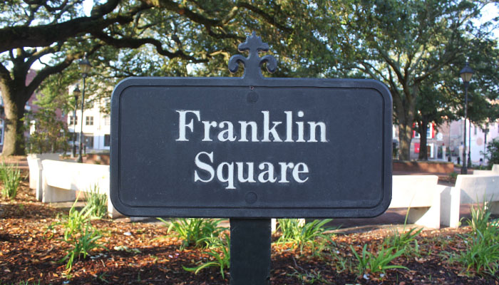 Franklin Square Sign