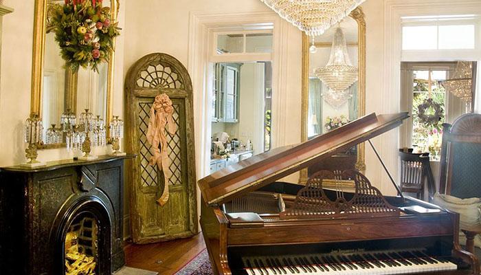 Olde Savannah Inn