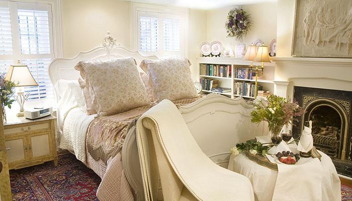 Olde Savannah Inn Provence Suite