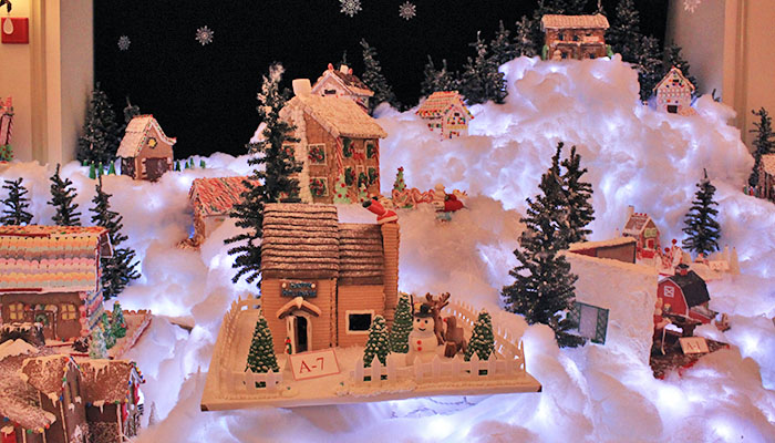 Savannah Gingerbread Village
