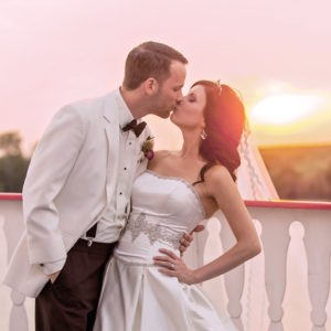 Weddings on a Savannah Riverboat