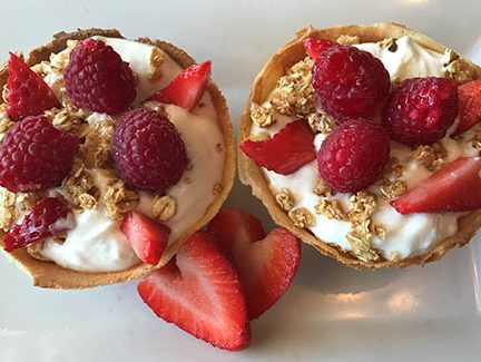 bar • food waffle bowl parfait